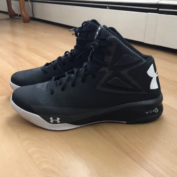 f3a974d64c49e UA Rocket Basketball shoes. M 5b1409901b32944154a9b25e